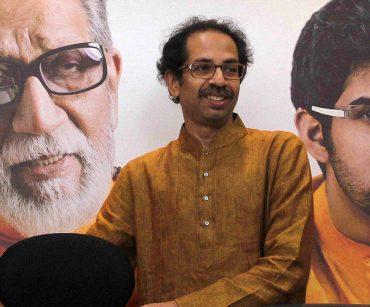 महाराष्ट्र में भाजपा से अलग हुई शिवसेना तो टूट सकती है पार्टी