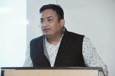 पत्रकारिता के जूनून को पालने की आवष्यकता : डॉ विपिन गौड़
