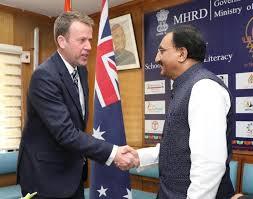 केन्द्रीय मानव संसाधन विकास मंत्री ने नई दिल्ली में ऑस्ट्रेलिया के शिक्षा मंत्री से द्विपक्षीय वार्ता की
