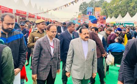 "Union Minister Dr Jitendra Singh visiting ""Hunar Haat"" in New Delhi"