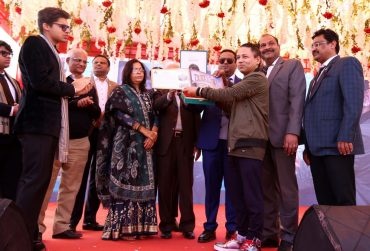 Kailash Kher bowled over Ghaziabad audience