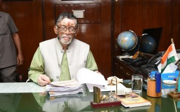 Union Labour Minister Shri Santosh Gangwar to donate one month's salary to PM Relief Fund for fighting COVID-19