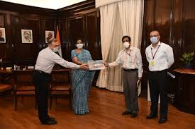 Task Force on National Infrastructure Pipeline presents its Final Report to Finance Minister Smt. Nirmala Sitharaman