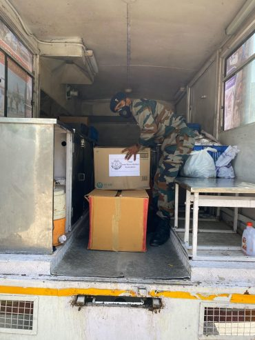 Army Wives Welfare Organisation (AWWA) provides 3,700 food packets to the needy in Delhi