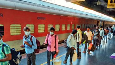 For the first time Indian Railways loads Special Parcel Train to Banglades