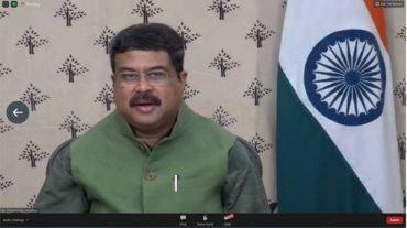 Shri Dharmendra Pradhan chairs a Webinar to discuss ways to enhance steel usage;