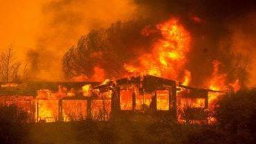 झुग्गियों में आग….
