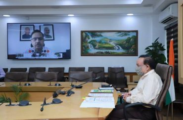 """Dr. Harsh Vardhan: """"A robust Climate Risk management framework calls for a multi- level approach across the country to determine various climate change risks likely to impact the country while also providing a broad understanding of the loss and damage likely to be caused due to these risks"""""""