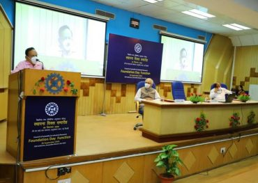 """CSIR labs have made commendable efforts to deal with challenges of  Covid pandemic"": Dr Harsh Vardhan"