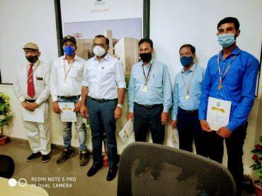 पश्चिम रेलवे अहमदाबाद मंडल के पांच कर्मचारियों को रेलवे सेफ़्टी में उत्कृष्ट कार्य के लिए मिला जीएम अवार्ड