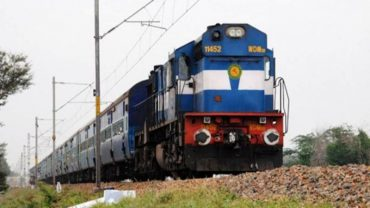 Indian Railways begin sector specific discussions to attract more Freight business