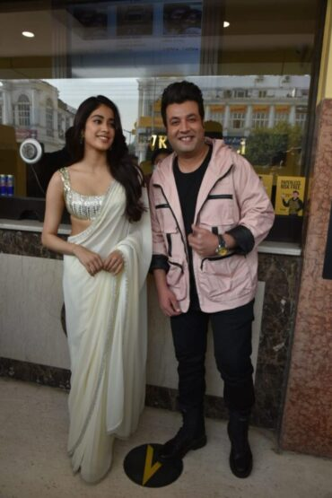 Jahnvi Kapoor and Varun Sharma Spotted In Delhi For Roohi Promotions