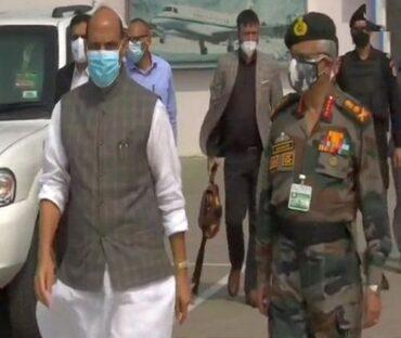 Raksha Mantri Shri Rajnath Singh interacts with troops of Indian Army's 14 Corps in Ladakh