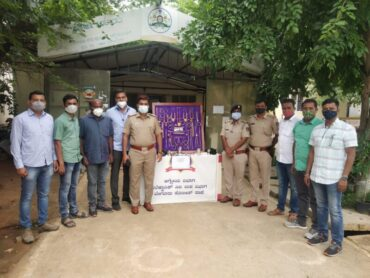 Notorious House break theft four member gang arrested by Begur Police recovered stolen property Worth Rs.52 Lakhs