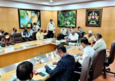 Union Minister of Jal Shakti & Chief Minister of Karnataka Jointly Review Implementation of Jal Jeevan Mission in The State