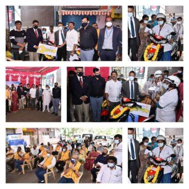 Rotary Bangalore Rajmahal Vilas donated  'E-Sanjeevini' 2 electric vehicles Sanjaynagar PHC for medical services