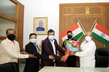 NAI General Secretary Vipin Gaur meets Karnataka Governor to demand provisions for journalists