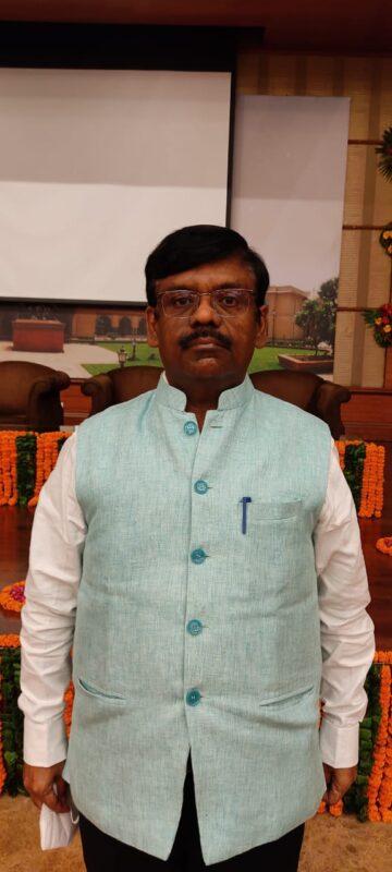भारत सरकार अपना 63वां स्थापना दिवस समारोह राष्ट्रीय स्तर पर श्रमिक शिक्षा दिवस के रूप में मनाएगाी