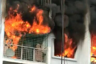 Two burnt alive,Seven rescued, as fire engulfs apartment in Bengaluru,Gas leak suspected