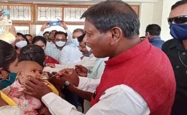 Tribal Affairs Minister Shri Arjun Munda initiates Poshan Maah activities in Khunti district, Jharkhand