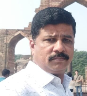 Police head constable committed suicide in his new house!